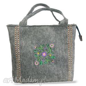 torebka wiosenna z motywem w kwiaty, filc, torba, torebka, haft