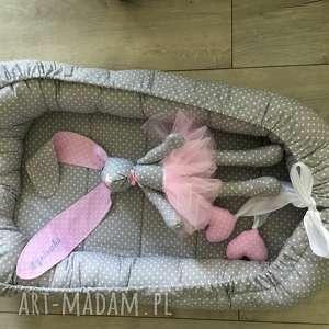 kokon niemowlęcy i króliczek prezent z okazji narodzin dziecka, tilka, kroliczek