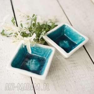 handmade ceramika miseczki kwadratowe turkus z bielą