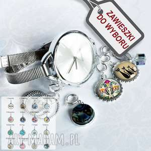 modny zegarek z zawieszkami do wyboru, modny-zegarek, zegarek-damski, srebrny, duży