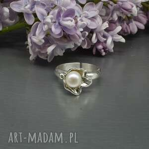 srebrny pierścionek z perłą nielthi, pierścionek, perła naturalna