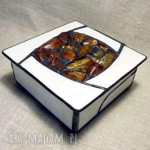 ręcznie wykonane pudełka prezent luksusowy, szkatułka hand made z bursztynem wspaniały prezent na dzień babaci ale nie tylko