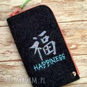 ręcznie robione etui filcowe na telefon - happiness
