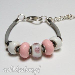 bransoletki różowo-biała bransoletka z linki kauczukowej koralikami ze szkła murano