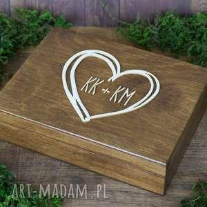 Pudełko na obrączki serce z inicjałami, drewno, eko, rustykalne,