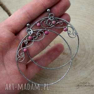 kolczyki koła z robonitem, okrągłe, stal chirurgiczna, wire wrapping
