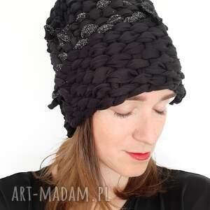 czapki czapka tkana no 36, czarna czapka, srerbna klasyk, elegancka