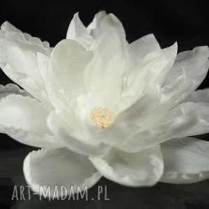 Jedwabny kwiat, jedwab, ozdoba, ślub