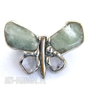 Broszka: Mały motyl z akwamarynem, akwanaryn, motyl, kryształ-górski, kamienie