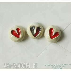 hand-made magnesy beżowe z sercem