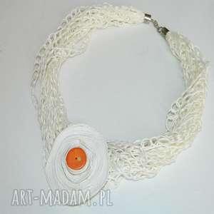 biały lniany naszyjnik, lniane, lniany, lniany-naszjnik, unikatowa-biżuteria