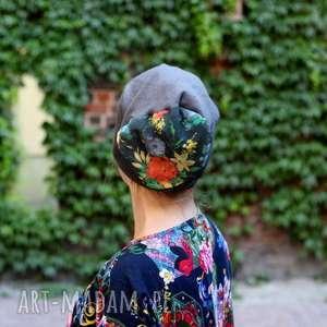 czapka w tej czapie kleszcz cię nie złapie - kwiaty, etno, rower, wełna