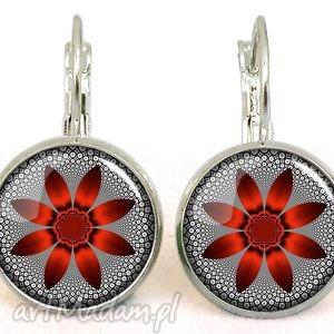 handmade kolczyki czerwony kwiat - małe kolczyki wiszące