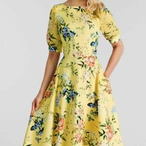 Sukienka EVITA Total Midi Jovelin, do-łydki, rozkloszowana, kwiaty