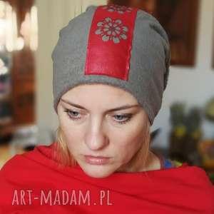 czapka szara dzianina eko skóra aplikacja folk - czapka, folk, etno, boho, damska