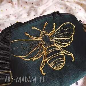 nerka xxl pszczółka, z haftem, emerald, haftowana torba, butelkowa zieleń