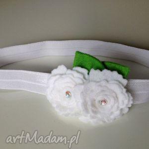 ręcznie zrobione dla dziecka opaska niemowlęca - białe różyczki