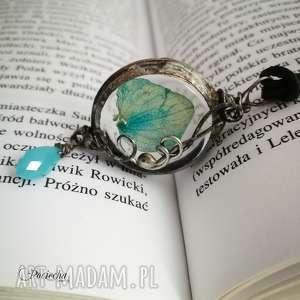 Blue flower in glass - naszyjnik z płatkiem hortensji w szkle, naszyjnik-z-wisiorem