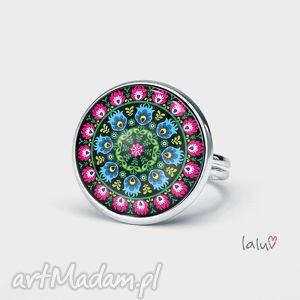 pierścionek folk, ludowe, etniczne, wycinanka, kwiaty, grafika, wycinanki