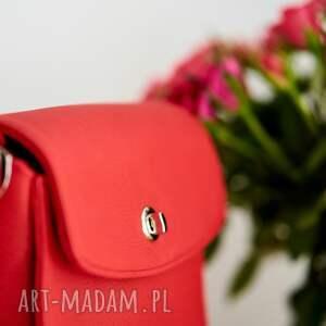 ręcznie wykonane na ramię czerwona skórzana listonoszka, czerwona torebka, czerwona listonoszka