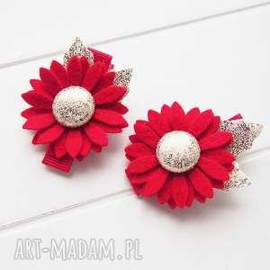 pomysł jaki prezent pod choinkę Spinki do włosów kwiatki czerwoono żłote na święta