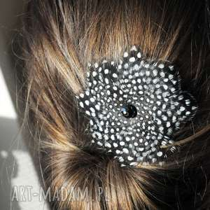 ozdoby do włosów fascynator z piór,,kropkowy kwiat, fascynator, broszka, spinka, boho