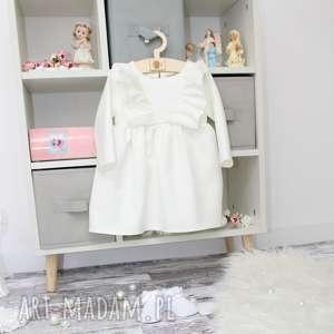 ręcznie zrobione sukienka do chrztu z falbankami