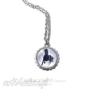 medalion, naszyjnik - czarny koń - mały - naszyjnik, medalion, wisiorek, koń