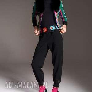 Spodnie natalia 7177 rozm xs s m l more fashion z-suwakami