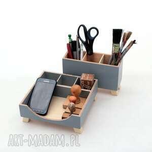 clockwoodstudio przybornik na biurko - szary drewniany organizer