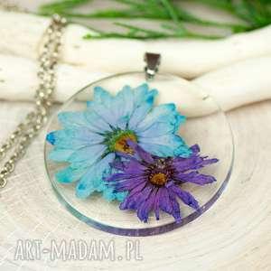 naszyjniki naszyjnik z suszonymi kwiatami, medalion kwiatem, kwiaty w żywicy