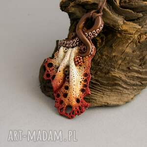 Prezent Wisior koralowy w jesiennych kolorach, wisior, wisiorek, naszyjnik