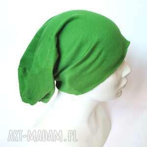 czapki czapka zielona z dzianiny bez podszewki, brzegi ostre, dobra na codzienne