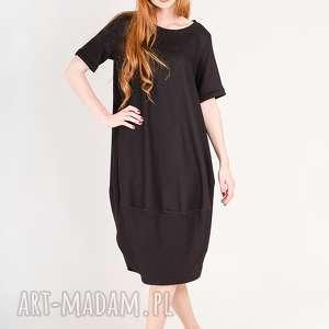 mała czarna z wełny S/M, małaczarna, elegancka, oversize, luźna, prosta, dużyrozmiar