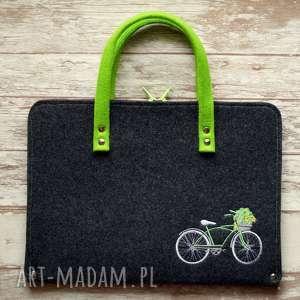 etui filcowa teczka / - haftowany rower, teczka, haft, pokrowiec, prezent