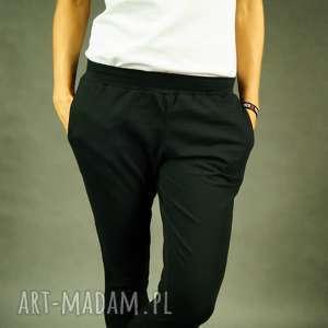 Spodnie dresowe fit pants czarne lil yo odziez dresowe, wąskie