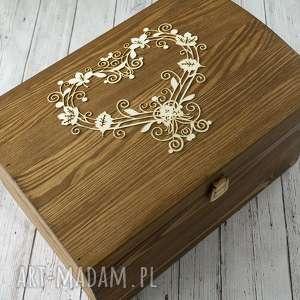 kufer na koperty - ażurowe serce, drewno, pudełko, kufer, koperty, serce