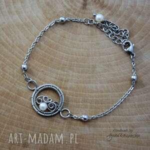 bransoletka regulowana z perłą, stal chirurgiczna, wire wrapping