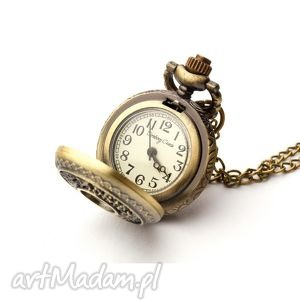 Hawuc II, zegarek