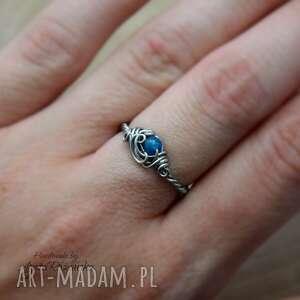 pierścionek regulowany apatyt, wire wrapping, stal chirurgiczna