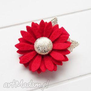 pomysł na prezenty świąteczne Spinka do włosów z kwiatkiem czerwono złota święta