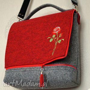 filcowa torba - różyczka, torebka, listonoszka, haft, walentynki, prezent