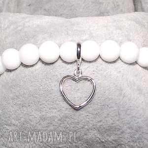 Serce w białym agacie - ,agat,serduszko,modna,boho,celebrytka,srebro,