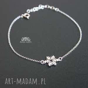 mini śnieżynka na gwiazdkę, śnieżynka, gwiazdka, bożenarodzenie, rozetka, srebrna