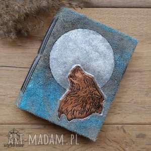 Notes A6 ze skórzaną twardą okładką i miedzianym wilkiem - ręcznie robiony malowany