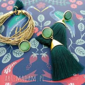 Komplet w złocie i butelkowej zieleni, sztyfty, stal, szkło, chwosty, wiskoza,
