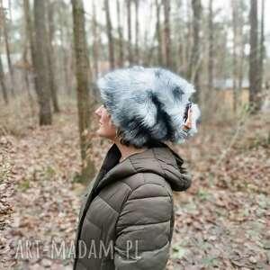 ręcznie wykonane czapki czapka futrzana boho tribal totalnie pojechana dla odważnej
