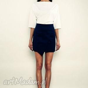 t-shirt z zakładkami na ramionach - model 27, bluzka, kimonowa, biała