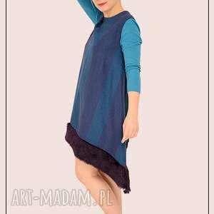 wełniana sukienka w kratkę z futerkiem r. S, kolorowa, futro, wełniana, artystyczna
