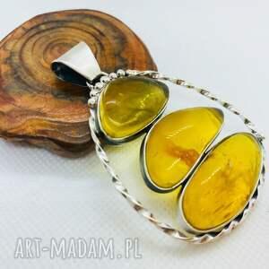 handmade wisiorki nowoczesny wisiorek z trzema bursztynami srebro